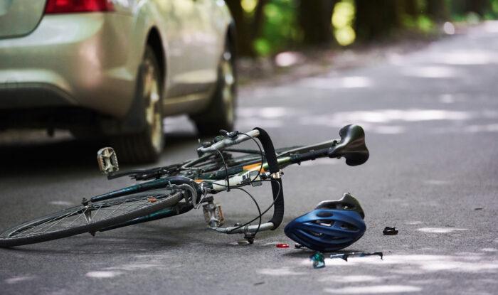 事故に遭った自転車