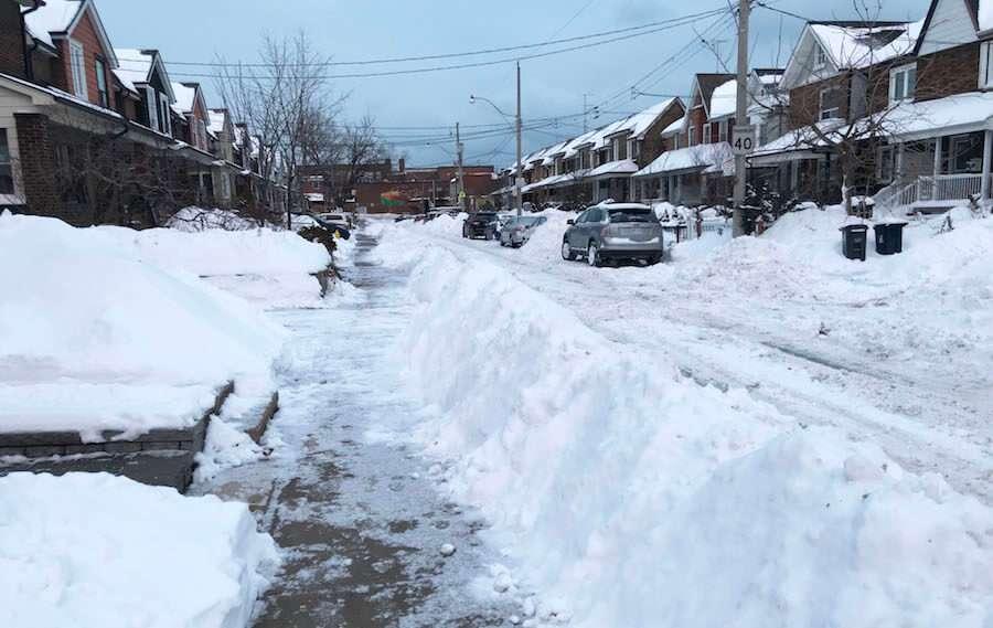 カナダ・トロントの積雪