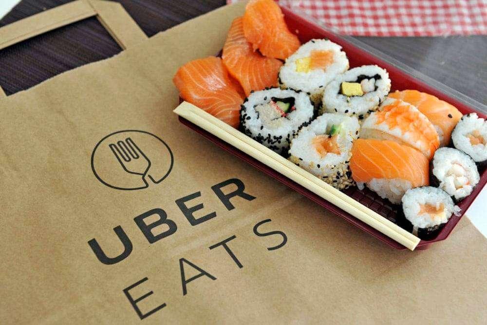 ウーバーイーツと寿司