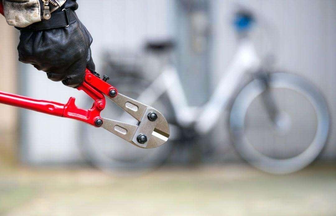 自転車のロックを切る器具