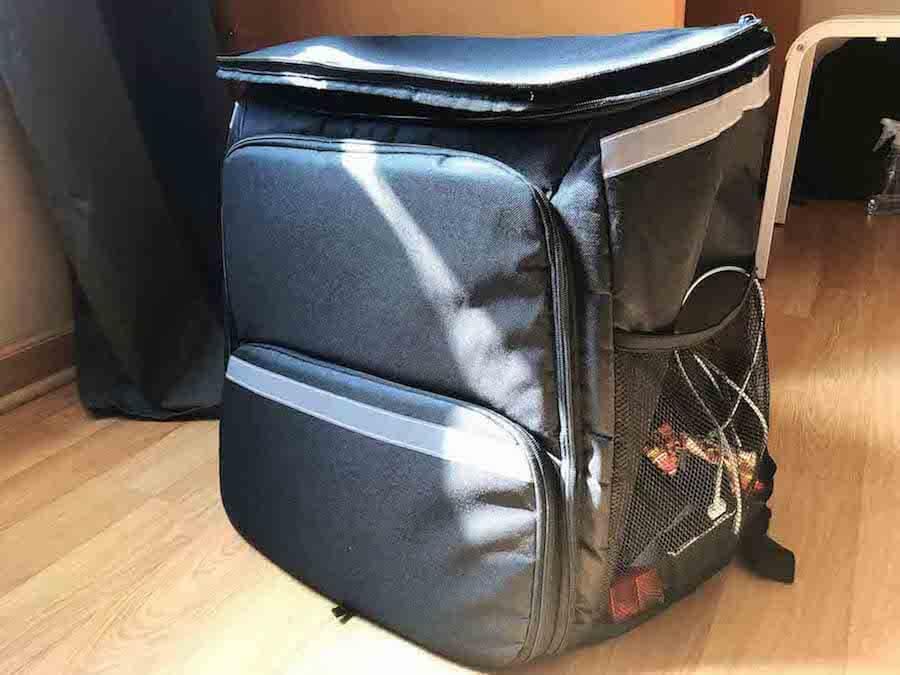 ウーバーイーツのデリバリーバッグ