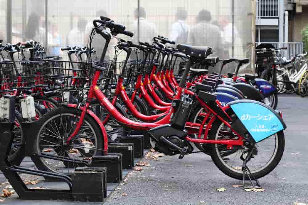 並べられたDOCOMOのレンタク自転車